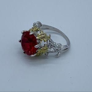 NEW women's silver and ruby fashion ring w/frogs